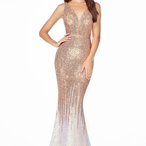 Gold Sleeveless Trumpet Long Dress